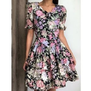 Vintage 50's floral fit and flare swing dress